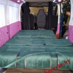 Spalnoe_mesto_v_mikroavtobus