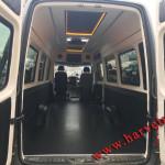 pereshiv salona mikroavtobusa
